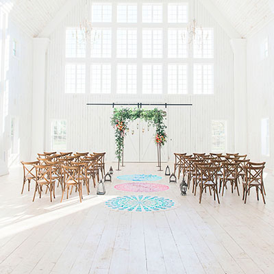 Hint of Color Rugs at Wedding