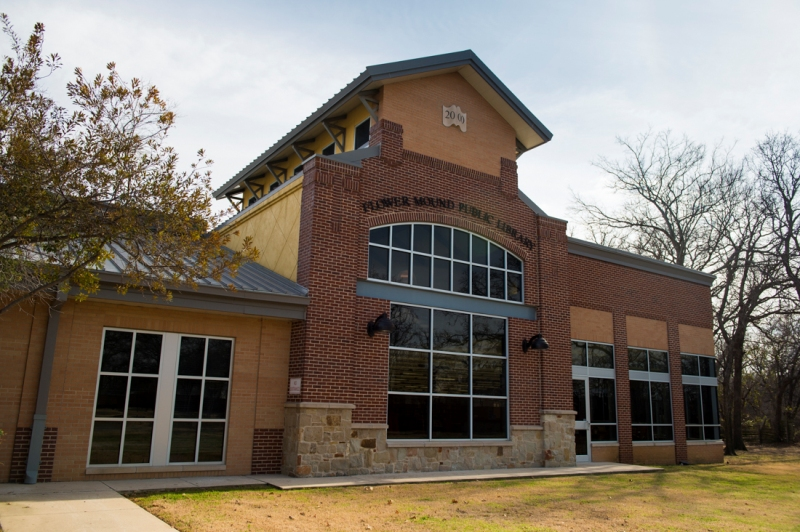 Flower Mound Texas public library