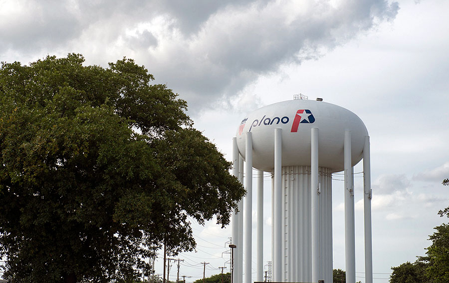Water tower located in Plano, Texas