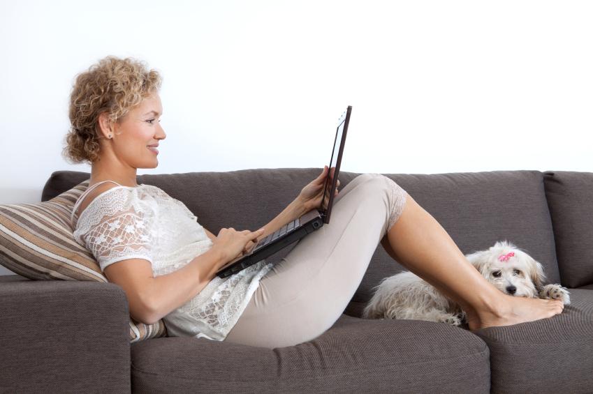 woman-on-laptop-iStock_000034859748Small.jpg